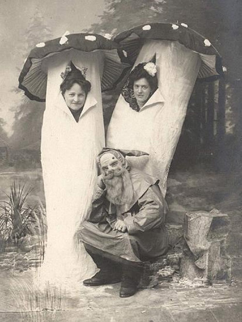 The Creepy and Odd Halloween Costumes of Yesteryear News | Circus ...