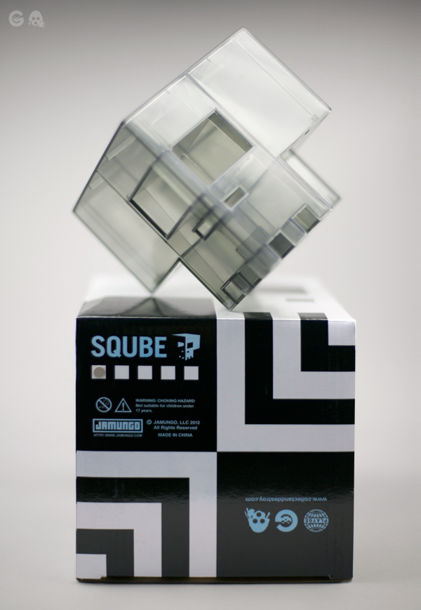 retailer_clear_grey_sqube_box2