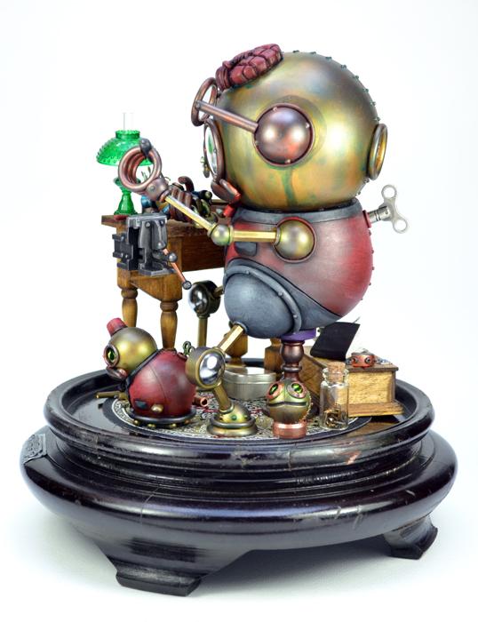 ToyMakerLeftLorez