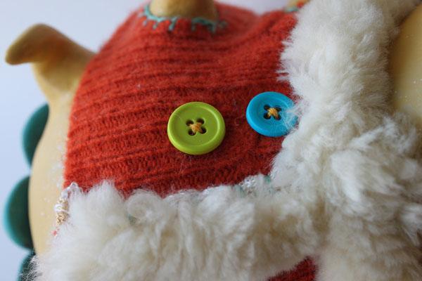 orangesweater_scaleybug3