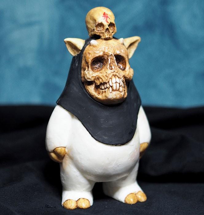 Skull-on-Gaki_BK