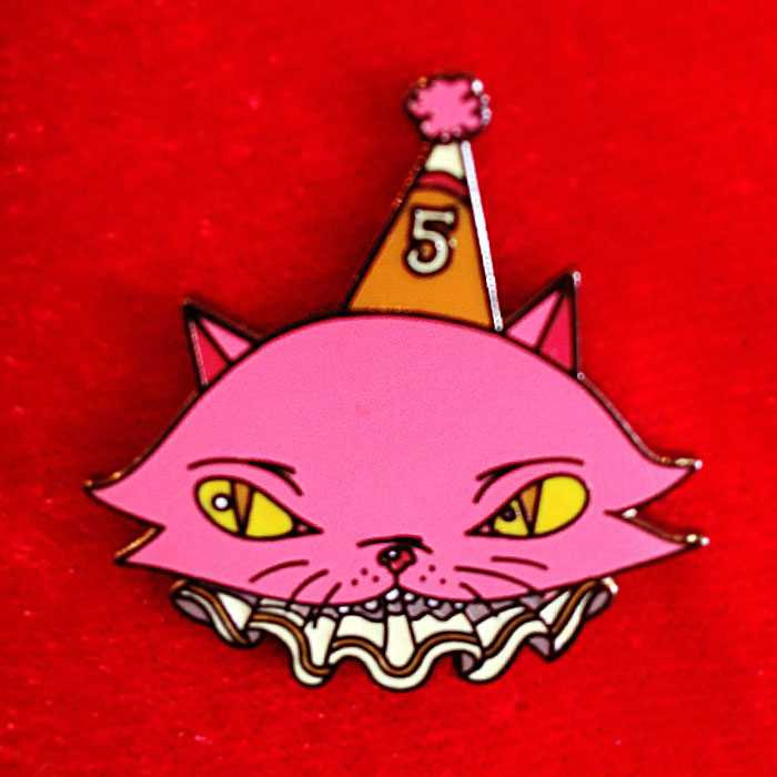 pink-cat-pin