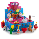 vinyl-bffs-best-friends-forever-love-hurts-3-blind-box-mini-series-1_grande