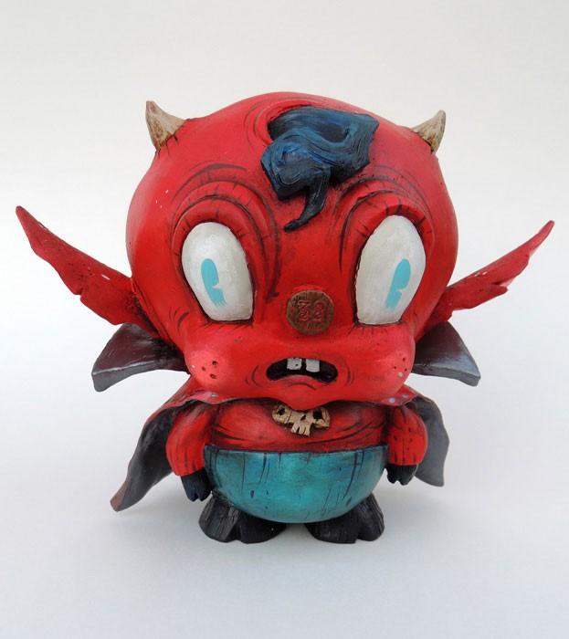 shoulder-devil